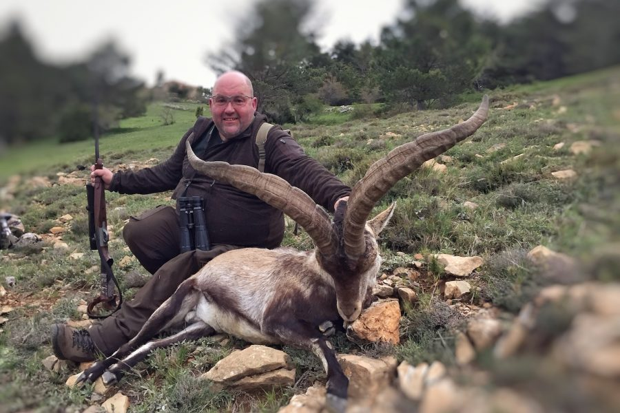 Article in German magazine : Hunting Beceite Ibex